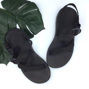 Chaco | Black Strappy Vibram Sandals Size 7